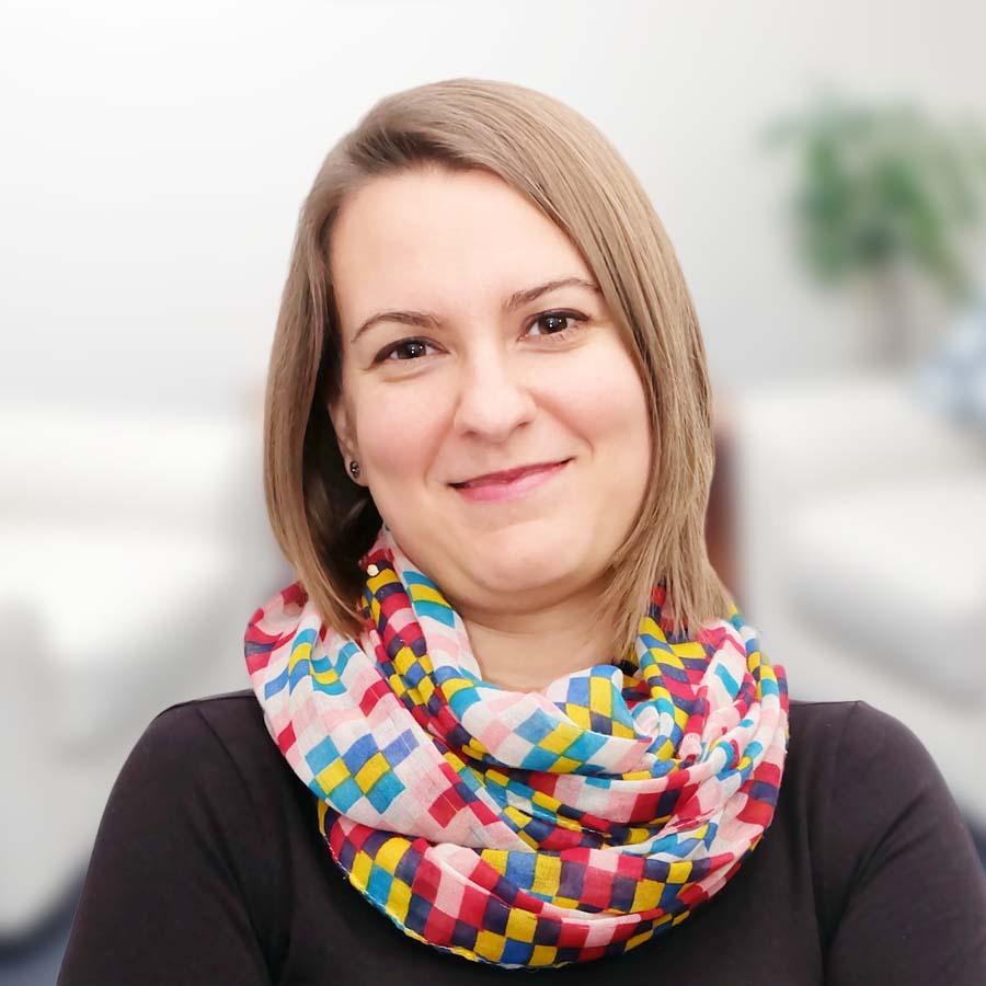 Martyna Cygoń. Psycholog, psychoterapeuta Wrocław. Przychodnia Wrocław. Centrum Medyczne PRZYJAŹNI