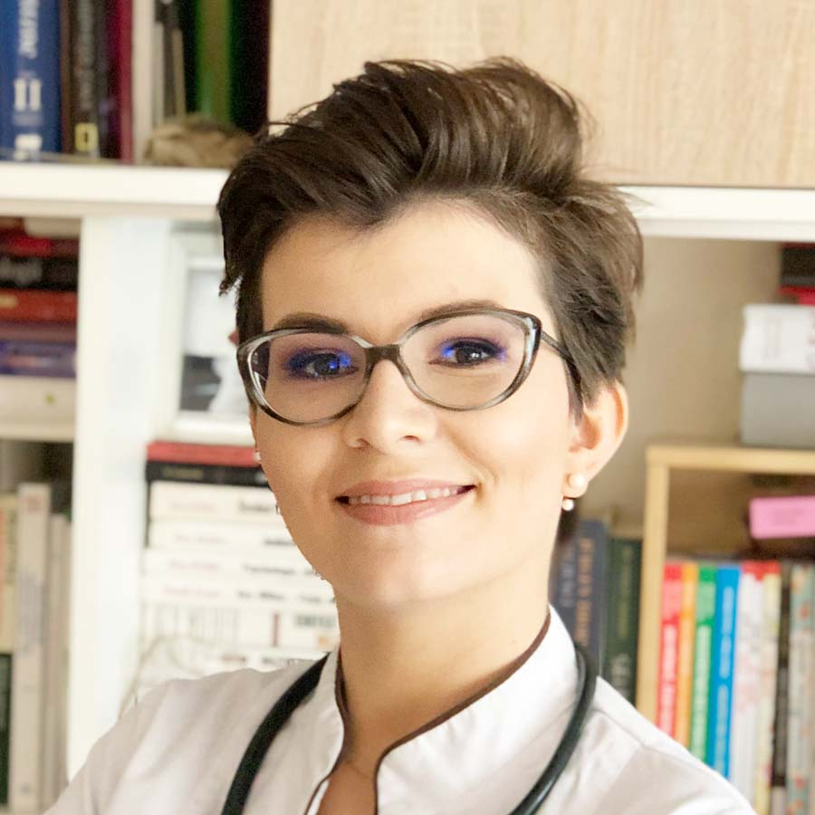 Lek. Katarzyna Kożuch-Sajdak. Internista Wrocław. Przychodnia Wrocław. Centrum Medyczne PRZYJAŹNI