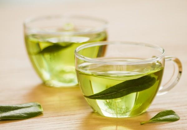 szklanka-zielonej-herbaty_23-2148170701
